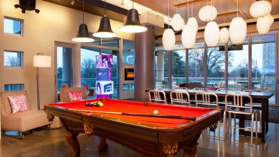 Raleigh Bars   Pool Table